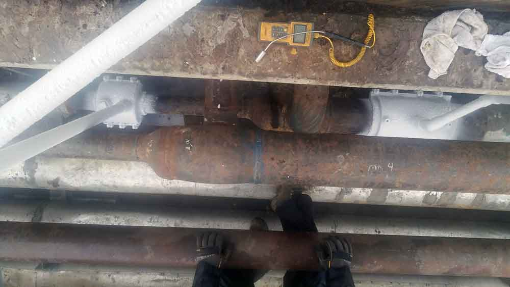 "8"" Pipe FreezePlug on Sch. 40 Steel Water System pipeline Under 100 psi Top View"