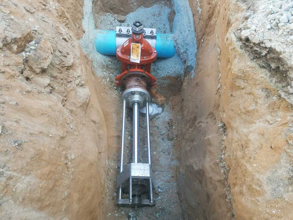 "6"" Hot tap on 8"" C900 Water Pipeline at Coronado Island, CA"