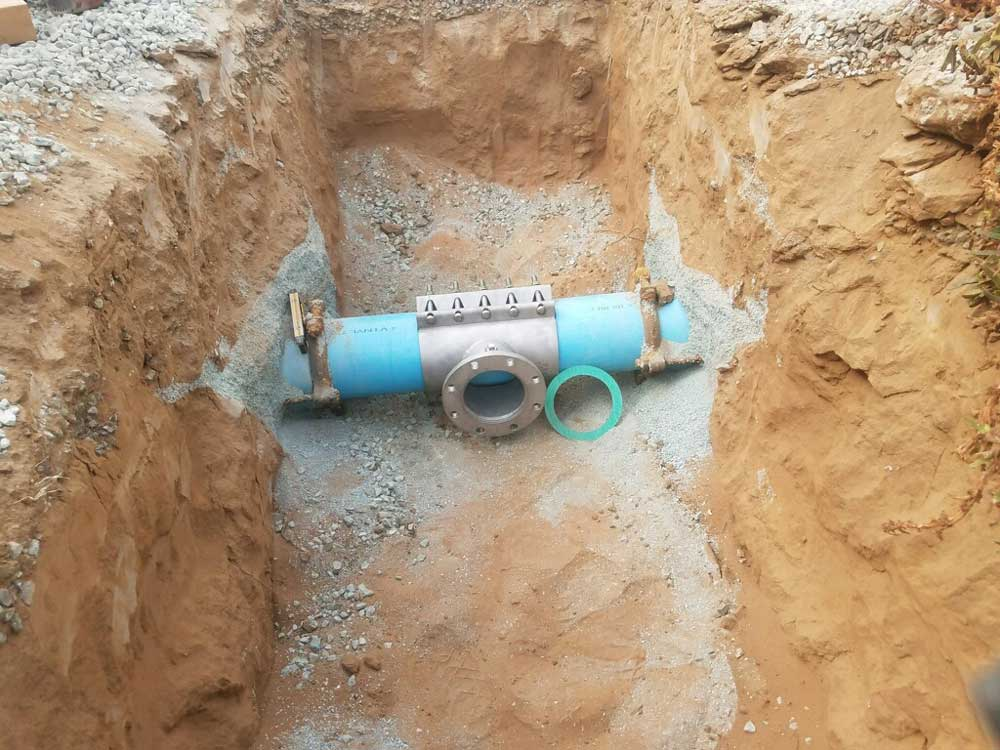 """Fitting Ready for 6"""" Hot tap on 8"""" C900 Pipe at Coronado Island, CA"""