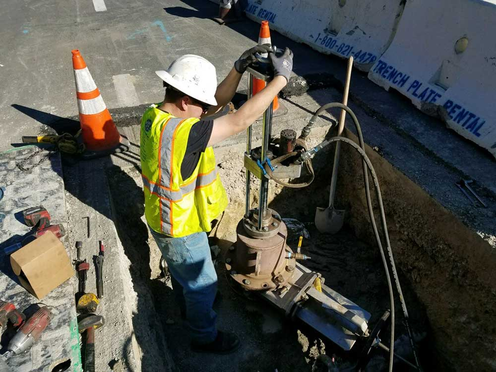 "8"" Hottap on Transite Pipeline for the 12"" Line Stop in Laguna Niguel, California"