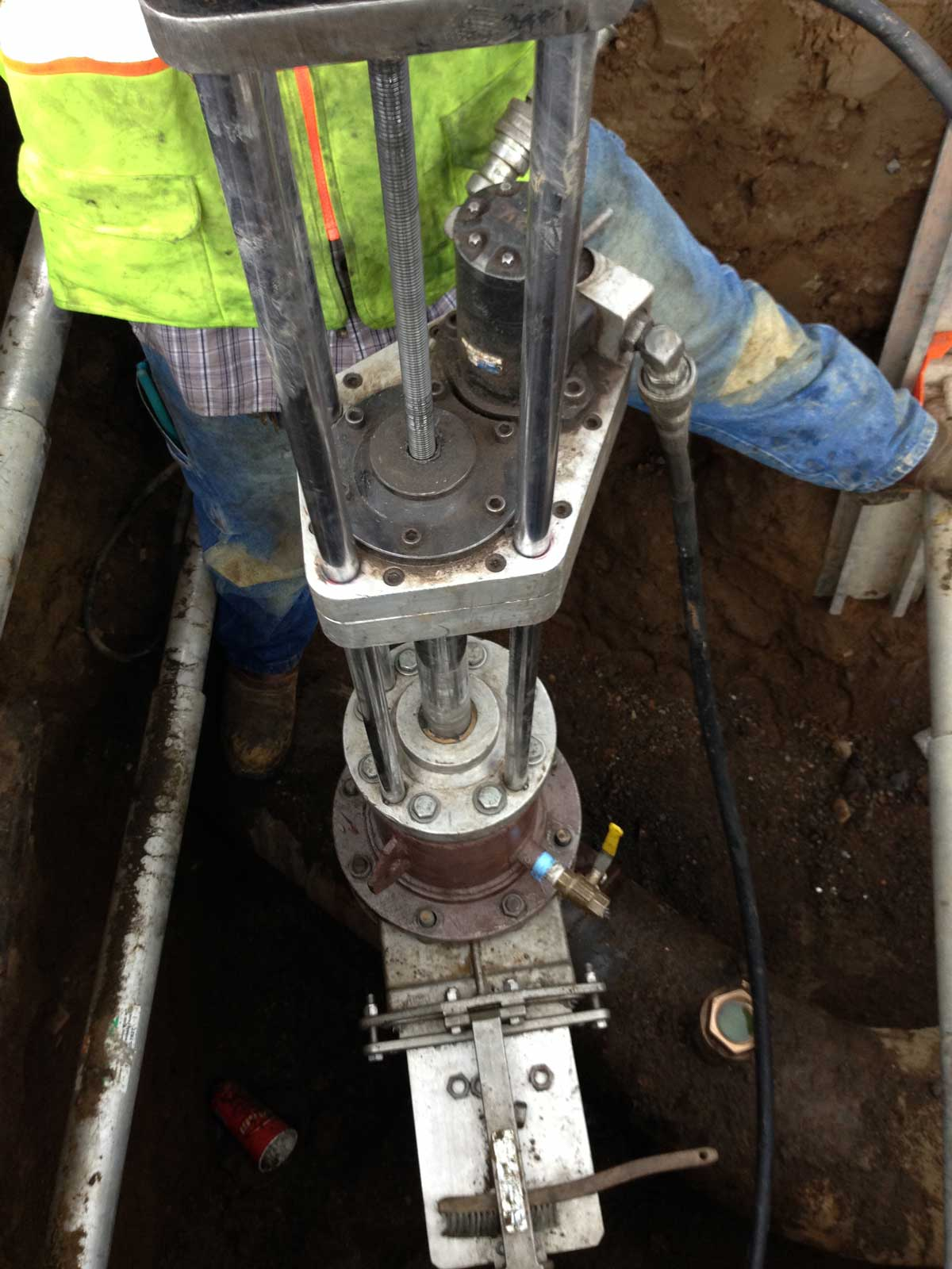 8 Inch Hottap for a 12 inch Linestop