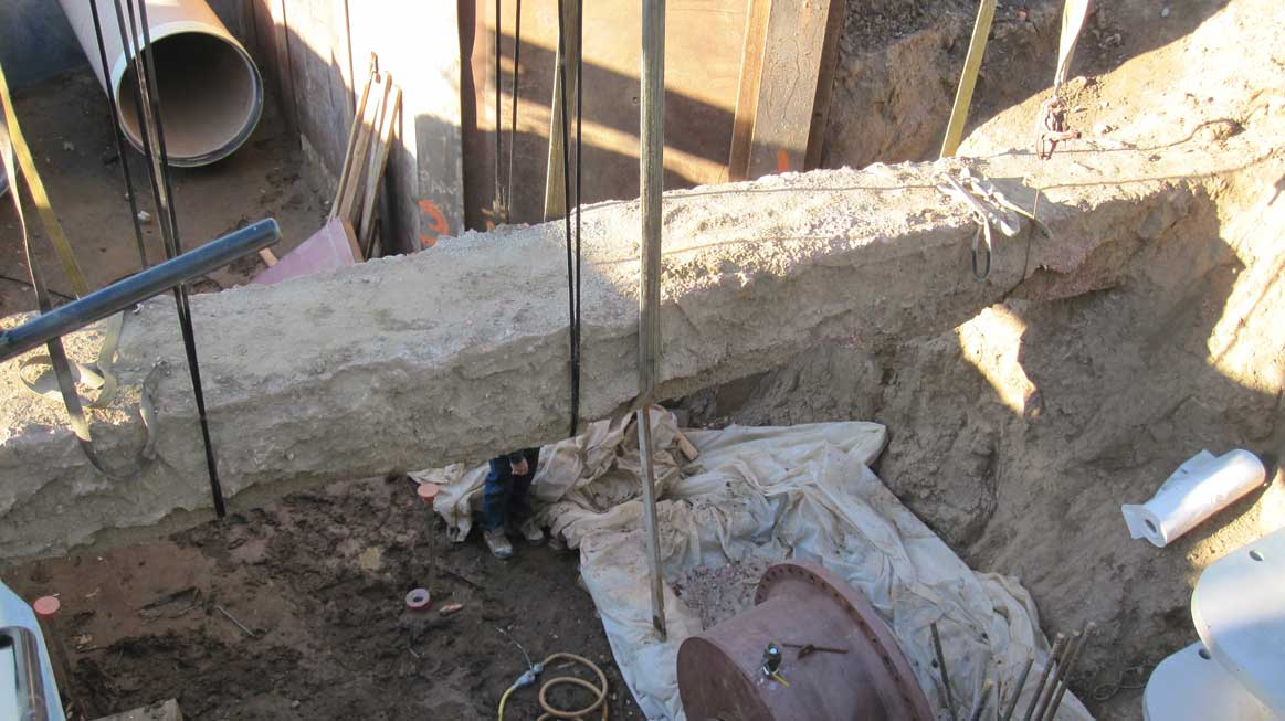 Pipeline Under Electrical Concreted Pipe