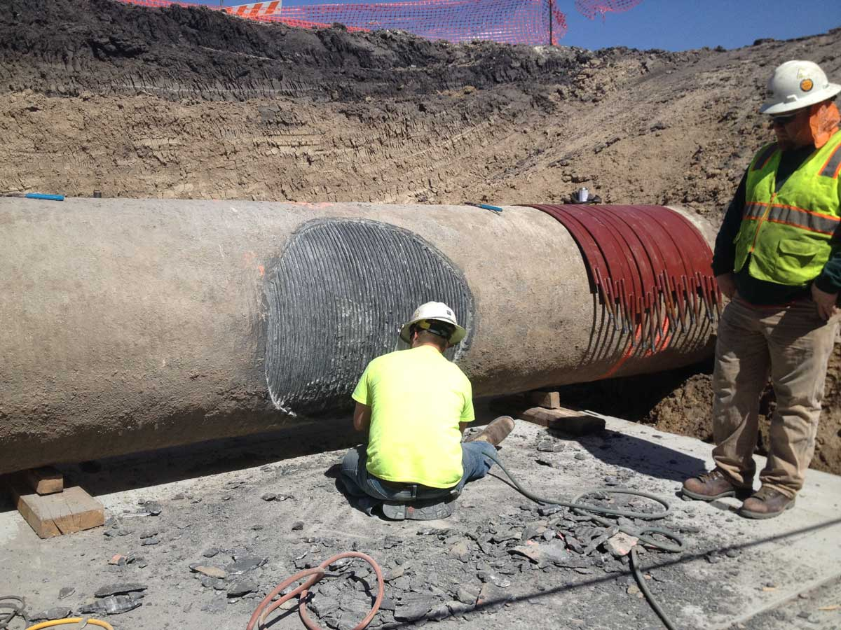 Prepping the 42inch CMLC Pipeline for fitting
